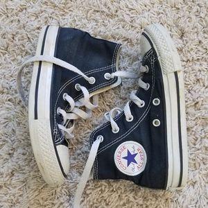 CONVERSE sneakers 🖤